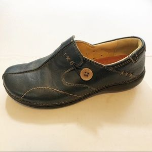 Clark's structured Unloop loafers Blue sz 8